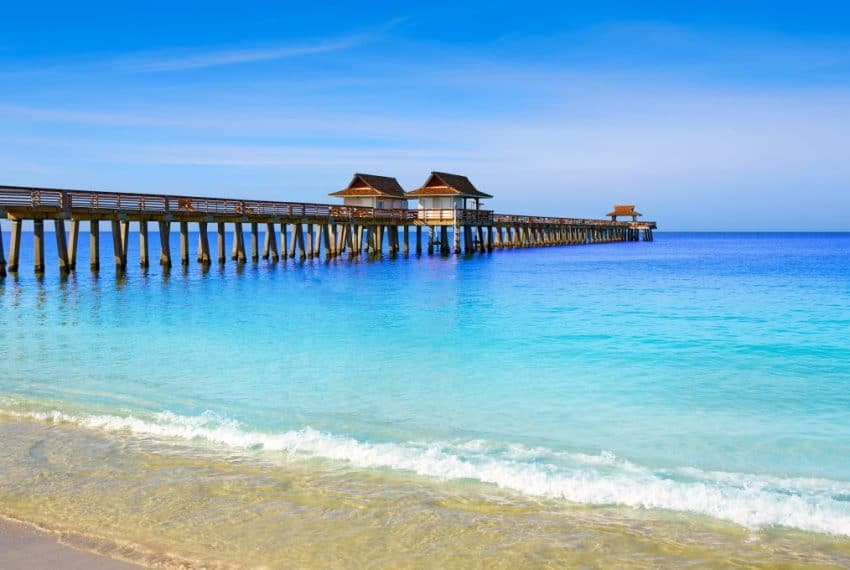Naples_Pier_and_beach_in_florida_USA_sunny_day_4_terrenosnaflorida-com_shutterstock_46686663_1200x680