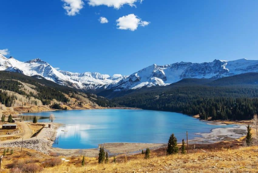 Rocky_Mountains_Colorado_United_States_terrenosnaflorida-com_shutterstock_552498367_1200x680
