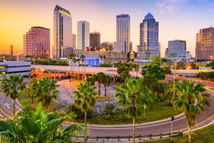 Tampa_Florida_USA_downtown_skyline_terrenosnaflorida-com_shutterstock_473876671_1200x680