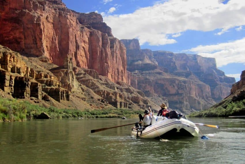arizona_rafting_the_river_terrenosnaflorida-com_shutterstock_661711603_1200x680